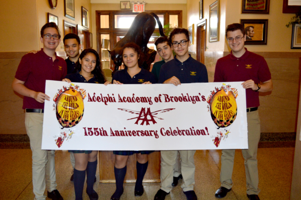 Student Advisory Board members welcome Adelphians back to school!