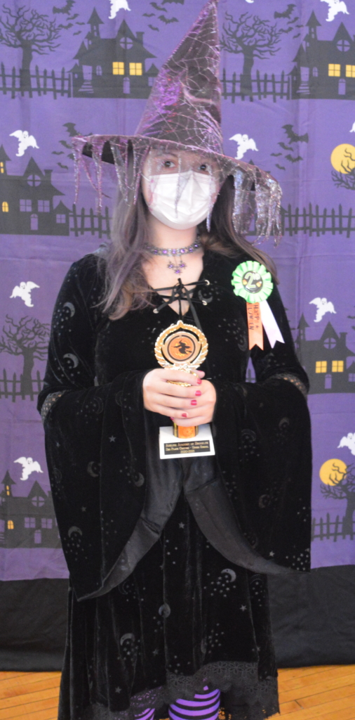 Bella won second prize for her witch costume in the Upper School Costume Contest!